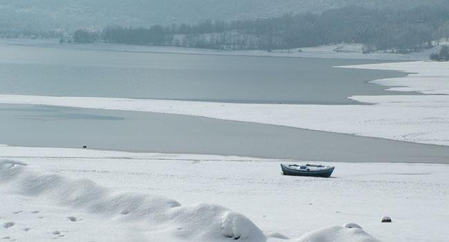 Χιονάκι μου λευκό μου χιόνι, χιονάκι