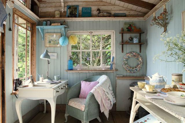 Το μικρό σπίτι πλάι στη θάλασσα...