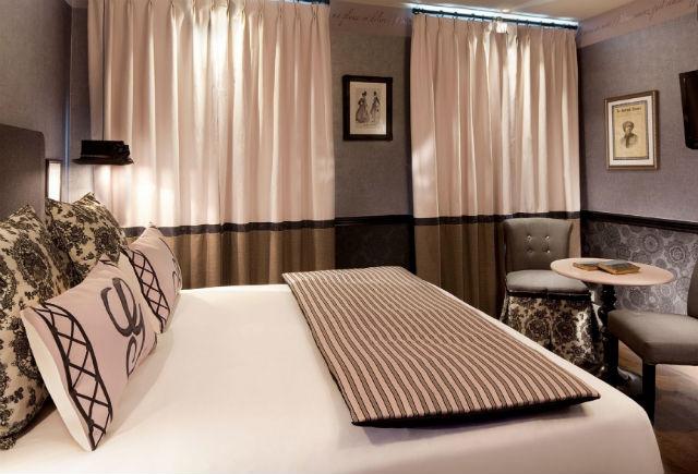 les plumes hotel paris 13 the decopages. Black Bedroom Furniture Sets. Home Design Ideas