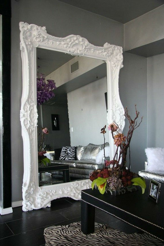 mirrors_on_walls_1