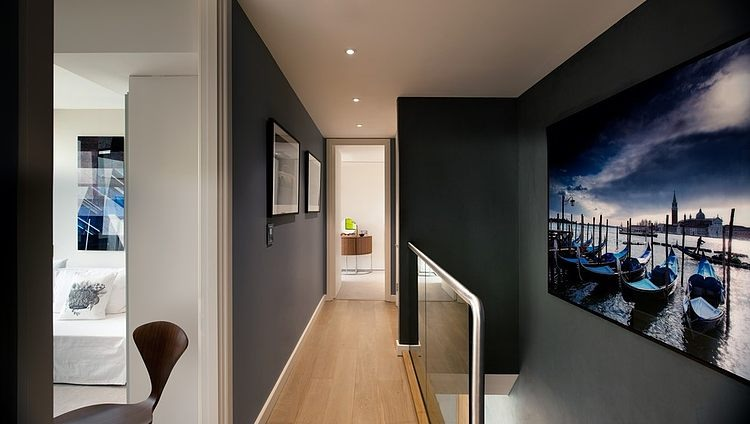 london-penthouse-tg-studio-6