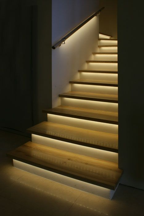 lights_on_stairs_5