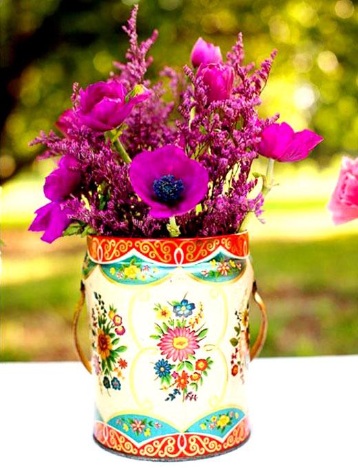 flowers_in_metal_boxes_4