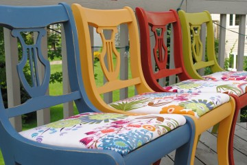 colored_chairs