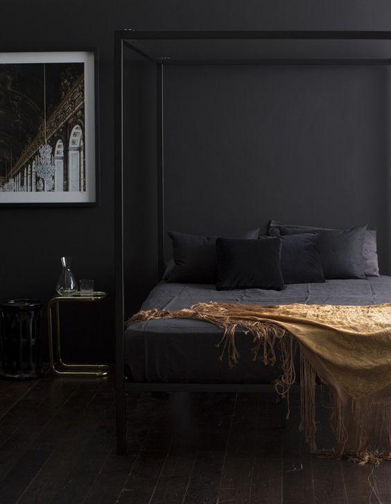 moody_bedrooms_8