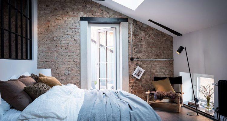υπνοδωμάτιο στη σοφίτα