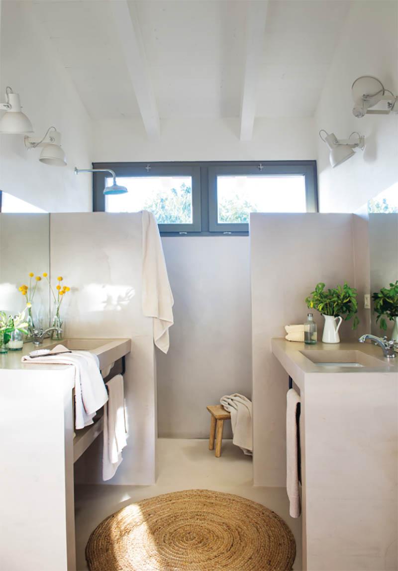 μπάνιο σε εξοχική μονοκατοικία